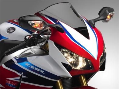 Honda_CBR1000RR_SP_2014_33567